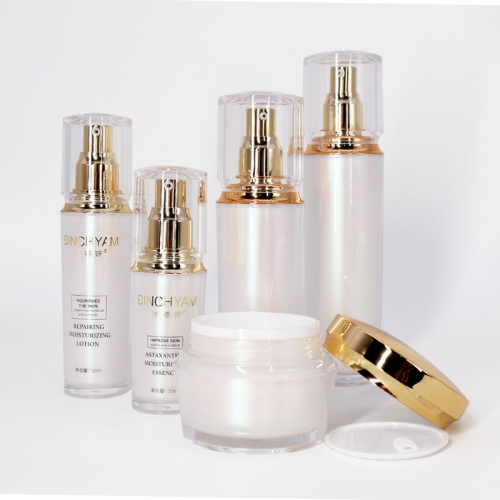 New Luxury Acrylic Lotion Bottles and Cosmetic Cream Jars , Skincare Packaging Lotion Pump Bottle