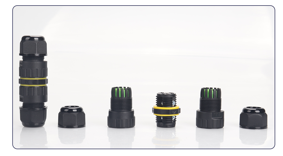What are the characteristics of waterproof connectors for cars?