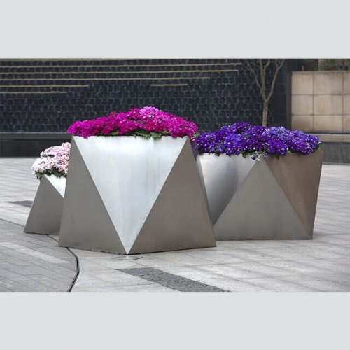 FB12 wrought iron garden planters