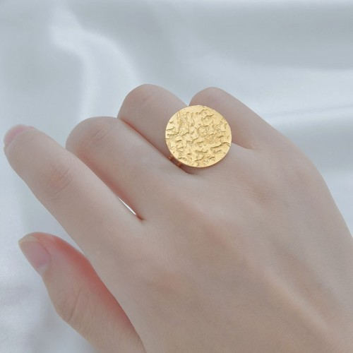 Hammered disc stainless steel adjustable ring in 14k gold plating