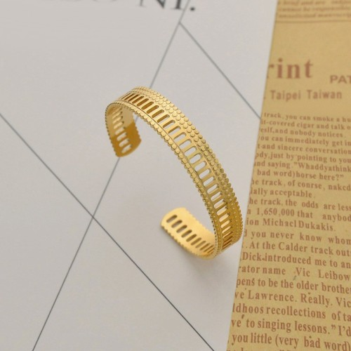 Roman column inspired cuff bracelet in 14k gold plating steel