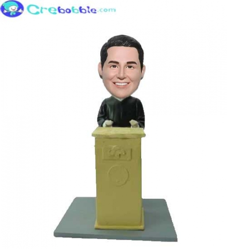 Create your own graduation bobblehead online