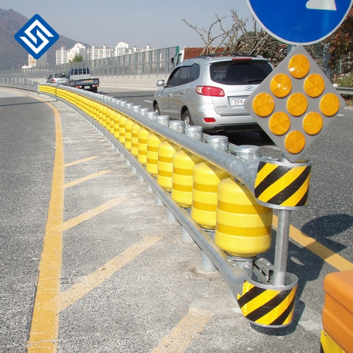 Safety Use Yellow and Orange Color EVA Roller Barrier for vehicle and Road protecting