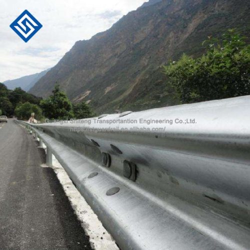 Highway Guardrail W Beams And Accessories Security Zinc Coated Galvanized Steel Hand Highway Guard Rail